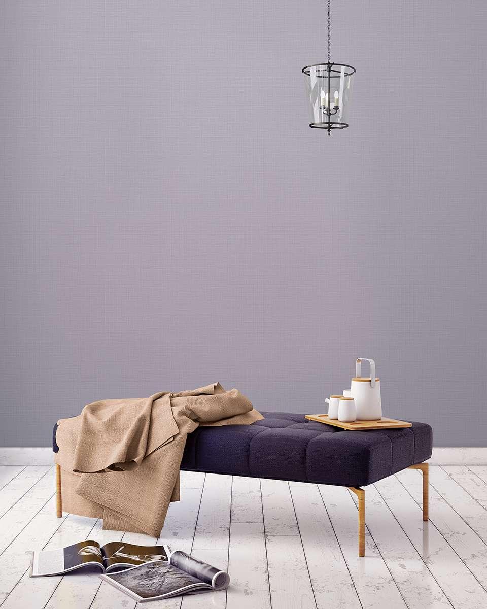 Mẫu giấy dán tường màu tím nhạt rất thích hợp sử dụng cho phòng ngủ